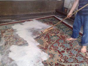 تصویری از قالیشویی فرش حرفه ای